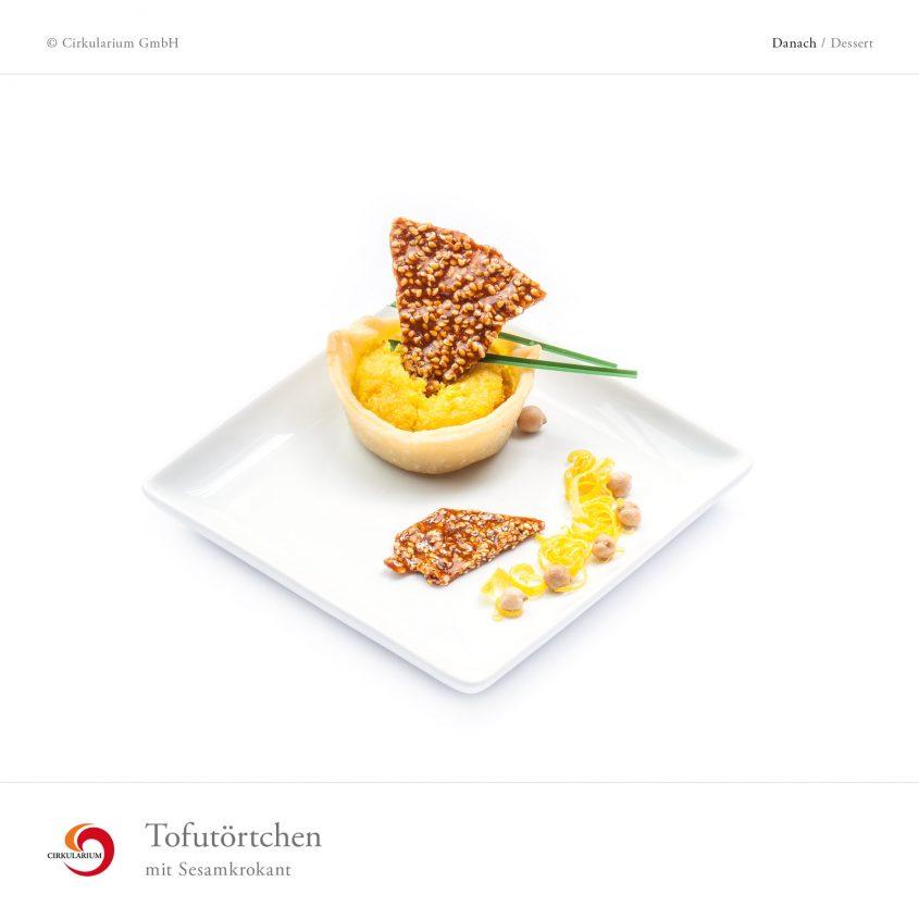 Tofutörtchen mit Sesamkrokant