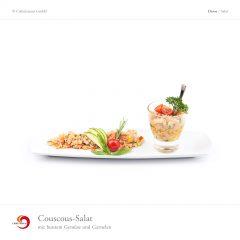 Couscous-Salat mit buntem Gemüse und Garnelen