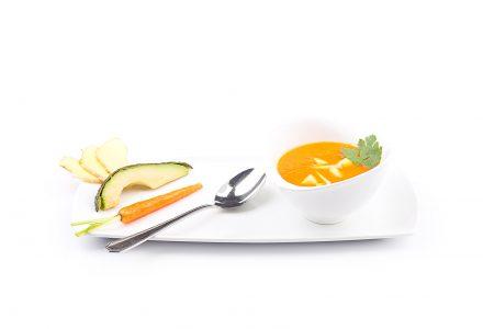 Ingwer-Möhrchen-Suppe mit Avocado