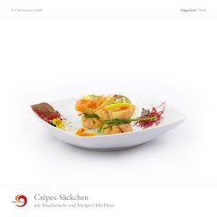 Crêpes-Säckchen mit Räucherlachs und Mango-Chili-Püree