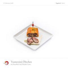 Tramezzini-Öhrchen mit Roastbeef und Wasabi-Creme