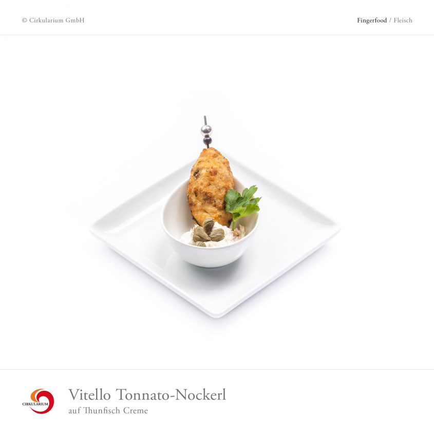 Vitello Tonnato-Nockerl auf Thunfisch Creme