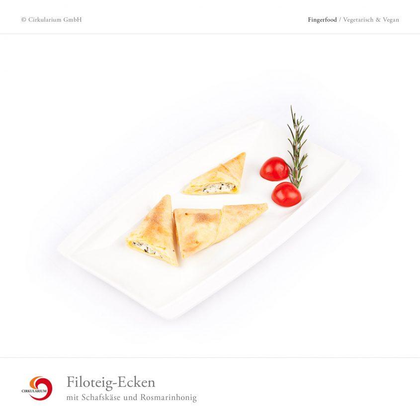 Filoteig-Ecken mit Schafskäse und Rosmarinhonig