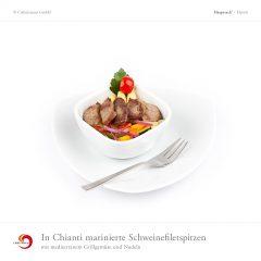 In Chianti marinierte Schweinefiletspitzen mit mediterranem Grillgemüse und Nudeln